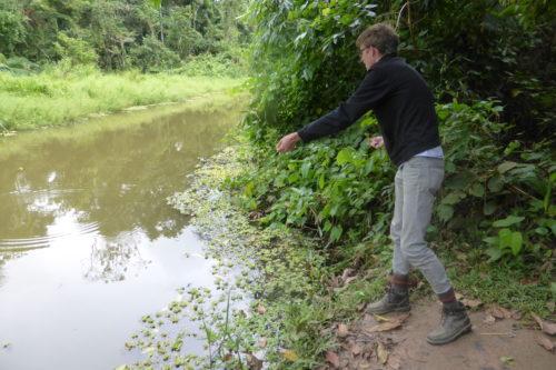 Grant fishing for piranhas